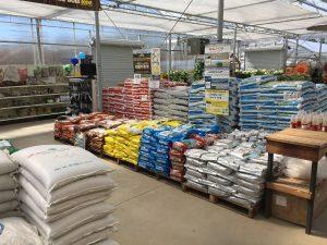 Mulch, Soil, & Fertilizers Bags Store - Zainos nursery garden-center Jericho-Turnpike Westbury NewYork